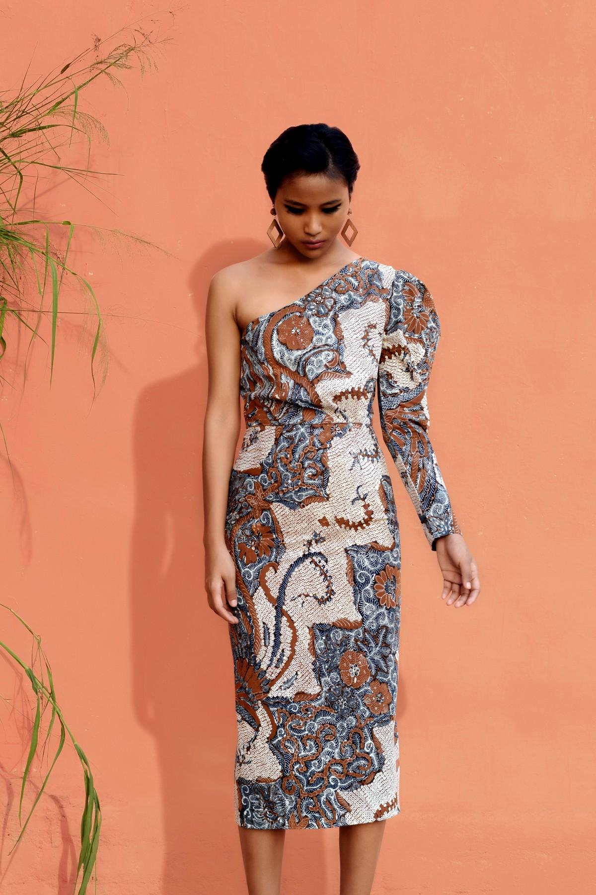 deca665afeff9 Batik Print One Shoulder Dress